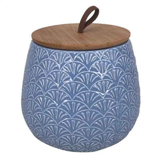 pote de cerâmica azul com tampa de madeira pequeno