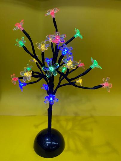 arvore luminária de led 35cm color  natal