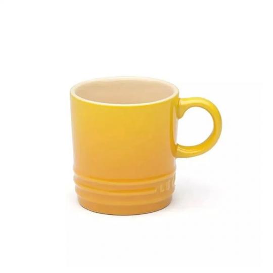 caneca de cerâmica espresso amarela soleil le creuset